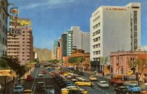 La avenida Tacna de los años 50. El mejor edificio, La Crónica.