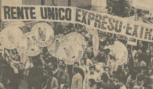 Esta fue quizá la ultima vez que el Frente Unico de Trabajadores de Expreso y Extra salió a las calles a defender a Velasco. Fue el 7 de Junio de 1975